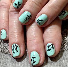 #cosmetology #nails #nailart #nailswag #nailpolish #gel #gelart #gelnails #opigelcolor #freehand #art #mintgreen #lovely #lovemyjob tipsrazzi.com/...