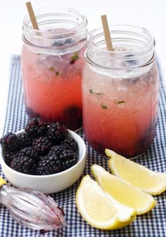 How to Quick Blackberry Thyme Lemonade