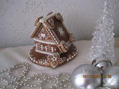Perníková chaloupka srdíčka, cena: 295,- Kč Pasta Flexible, Gingerbread Houses, Decor, Decoration, Decorating, Deco