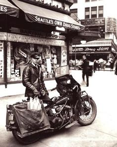 Bartell's photo courier, Seattle, ca. 1940