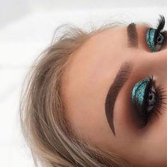Gorgeous Makeup: Tips and Tricks With Eye Makeup and Eyeshadow – Makeup Design Ideas Glam Makeup, Cute Makeup, Gorgeous Makeup, Pretty Makeup, Skin Makeup, Eyeshadow Makeup, Beauty Makeup, Hair Beauty, Eyeliner