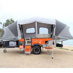 In just 90 seconds, the lightweight and compact Air Opus trailer transforms from a compact aluminum box to a roomy camper large enough to sleep groups of six.