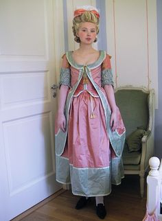 1770s Robe à la Polonaise by Johanni, via Flickr