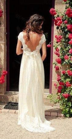 open back wedding dress. I really love mixing the lace and the gorgeous flowy fabric. this is exactly what i imagine wearing on my wedding day. The ONLY wedding post I will make! 2015 Wedding Dresses, Wedding 2015, Wedding Wishes, Wedding Bells, Wedding Gowns, Bridal Gowns, Backless Wedding, Casual Lace Wedding Dress, Wedding Bride