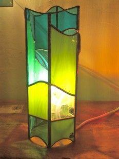 Lampe vitrail style Art Déco Flammes éteinte | SG-Candle, Vase ...