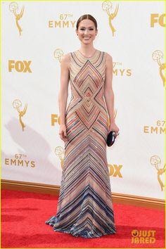 Ellie Kemper & Jane Krakowski Rep 'Unbreakable Kimmy Schmidt' at Emmy Awards 2015