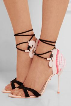 While it still may be February and snowing in many parts of the country we can still dream about those cute summer sandals that make Spring and Summer so fun! I just adore Sophia's whimsical design...