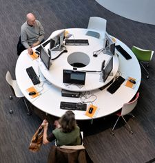 Winchester Discovery Centre   Demco Interiors - Inspiring Library Design