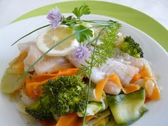 Ryba so zeleninou na pare