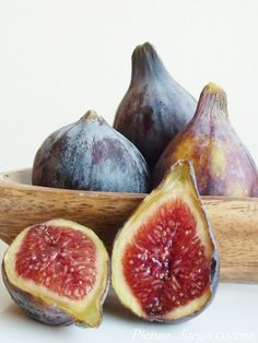 Higos -best figs I ever ate were in Mexico.