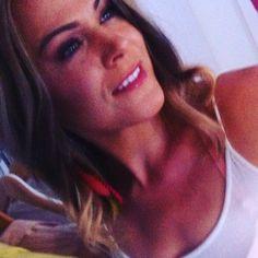 Neues video ist online- Link in bio! #youtube #beautybrownii #fairybox#natural#makeup#bio#vegan#apple#blond#feder#wellen#locken#cosmetics#tan#skin#like#wiesbaden #mainz#ffm#followme #fitness #follow#lowcarb#love#woman#makeup#haare#friseur#style#fashion#fit by beautybrownii