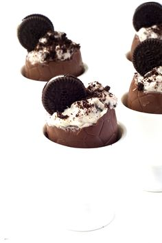 Oreo Cookies and Cream Filled Easter Eggs | via sweetestmenu.com