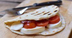 Sokan azt hiszik, sertészsírral sütni-főzni nagyon magyar dolog, pedig az olaszok is szeretik. Naan, Ricotta, Scones, Minden, Ethnic Recipes, Food, Ring Cake, Heaven, Kitchen