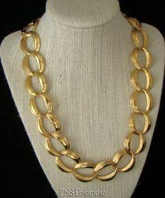 Vintage Napier GOLD Tone CHUNKY Chain #Necklace #Napier #Collar