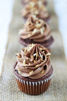 Simple, tasty recipes for people who love good food. Perfectly moist chocolate coconut cupcakes with fluffy chocolate coconut buttercream frosting! I think it's only appropriate that I share a . Baking Cupcakes, Yummy Cupcakes, Cupcake Recipes, Cupcake Cakes, Dessert Recipes, Cheesecake Cupcakes, Cup Cakes, Yummy Treats, Delicious Desserts