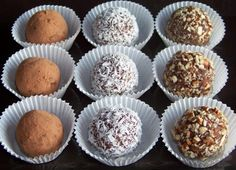 Sugar Free Low Carb Almond Fudge Truffles - Low carb recipes suitable for all low carb diets - Sugar-Free Low Carb Recipes