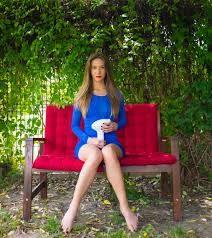 Imagini pentru ce i s a intamplat lui petruta dinu la piata azi 9 12 Outdoor Chairs, Outdoor Furniture, Outdoor Decor, Sexy Skirt, Summer Dresses, Google, Home Decor, Movies, Decoration Home