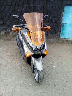 Geba Shop Yamaha Nmax, Motor Scooters, Custom Bikes, Helmets, Cars Motorcycles, Cool Cars, Cool Stuff, Vehicles, Shop