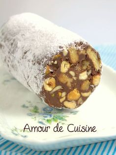 Joli cadeau gourmand ce saucisson mendiants au chocolat, cette recette est facile, et donne un résultat bluffant, offrez ce Noel ce delice