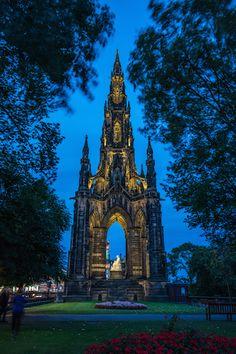 Scott Monument, Edinburgh - Lighting Design by KSLD - Photo by Lee Live