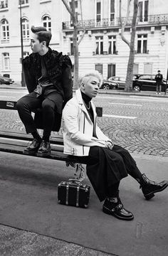 """G-Dragon x Taeyang in Paris 2014"" Wallpaper from Line Deco #BIGBANG"