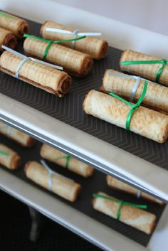Cute edible diplomas at a Graduation Party #graduaiton #partyfood