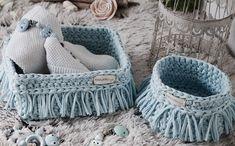 Must have fürs Babyzimmer oder für die Babyshower oder als Geburtsgeschenk. Massgefertigte Körbchen aus eigener Manufaktur, made in Switzerland Merino Wool Blanket, Design, Basket, Presents
