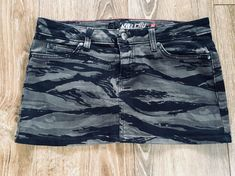 "LIP SERVICE Lady Commando Rock ""Misguided"" mini skirt #28-126.2"