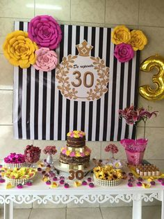 Festa Birthday Goals, 30th Birthday Parties, Happy Birthday Wishes Cards, Gold Bridal Showers, Birthday Decorations, Flower Designs, Party Planning, First Birthdays, Baby Shower