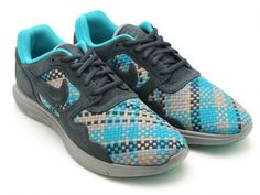 The Nike Lunar Flow carries on with the material upgrades 7b01648b4eb