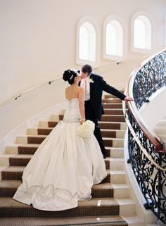Brides want to find themselves finding the perfect wedding, but for this they need the perfect wedding gown, with the bridesmaid's dresses complimenting the wedding brides dress. Here are a variety of ideas on wedding dresses. Wedding Poses, Wedding Couples, Wedding Portraits, Wedding Bride, Wedding Events, Weddings, Wedding Ideas, Wedding Stuff, Romantic Couples