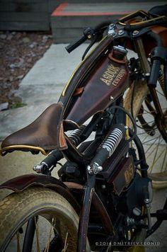 Custom moped 50 cc by Asok Customs Vintage Motorcycles, Custom Motorcycles, Custom Bikes, Velo Vintage, Vintage Bikes, Moto Fest, Moto Scrambler, Velo Design, Motorised Bike