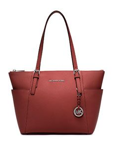 725 Best In The Bag Images On Pinterest Accessories Handbags Michael Kors And Purses