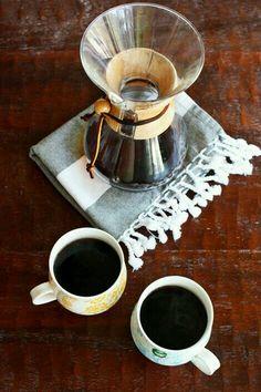 Bună dimineațaaa! O zi excelentă, cu spor şi bucurie! www.nighton.ro
