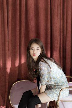 """Bae Suzy 2018 """"Season Greeting"""""""
