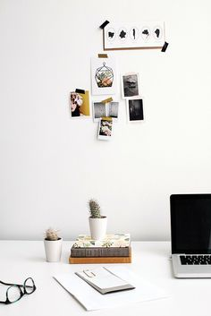 Clean White Work Space Desk ITCHBAN.com.jpg // Architecture, Living Space & Furniture Inspiration #11