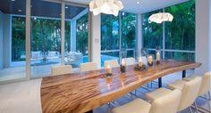 Ecco un bel #tavolodapranzo per ospitare i parenti e amici per le #feste.  Avete già un #tavolo abbastanza capiente per i vostri ospiti?  Se la vostra risposta è no scoprite i #tavolifissi e #allungabili presenti sul nostro sito www.arredok.com cercando da questa pagina http://arredok.com/tavoli.html quello adatto a voi.