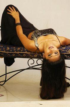 Anushka Shetty Navel Show Masala Pictures In Black Saree ~ ACTRESS RARE PHOTO GALLERY