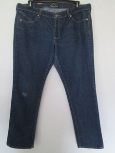 c4b48b28850b GAP Essential Bootcut Jeans Womens Size 6