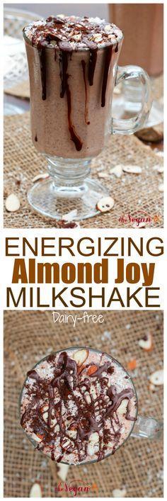 RAW Energizing Almond Joy Milkshake | http://TheVegan8.com | #vegan #glutenfree #oilfree #milkshake #almondjoy #dairyfree #raw #chocolate #coconut