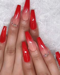 Minda's Ideas: Fabulous Fashion Trends Ideas to Try 2019 - Nail Designs Easy - elite nails – fingernails – – – 1 or . Red Nail Art, Red Acrylic Nails, Pink Nail, Red Ombre Nails, Red Tip Nails, Cute Red Nails, Red Nail Designs, Art Designs, Fire Nails