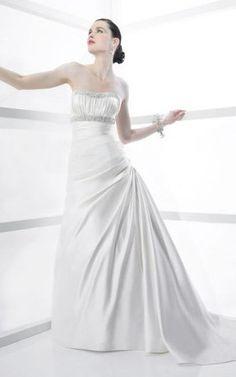 Niedrige Taille ärmelloses bodenlanges Brautkleid aus Satin mit Knöpfen