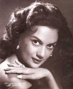María Elena Márquez