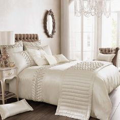 Kylie's Luxurious Bedding sets Spring/Summer 2013 #LuxuryBedding #LuxuryBeddingIdeas #LuxuryBeddingLinens