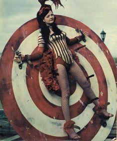 Meg White of The White Stripes Creepy Circus, Halloween Circus, Creepy Carnival, Theme Halloween, Carnival Costumes, Halloween Costumes, Dark Circus, Circus Art, Circus Theme