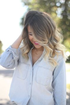 Some nice red lips would go lovely with this hair!