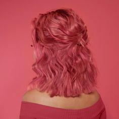 Pink Short Hair, Curly Pink Hair, Short Dyed Hair, Short Colorful Hair, Curly Short, Short Wigs, Dye My Hair, Pink Hair Dye, Coral Hair