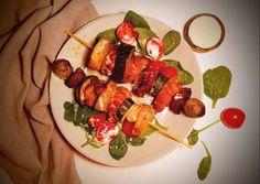 🍢Sütőben sült rablóhús baconbe tekert csirkemájjal🥓 🐔🍆🥔🍅🌱   Vargáné Kőrösi Viktória 🎨 receptje - Cookpad receptek Ratatouille, Wok, Bacon, Ethnic Recipes, Pork Belly