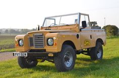 "// Series 3 Land Rover 88"" Camel Trophy (1981)"