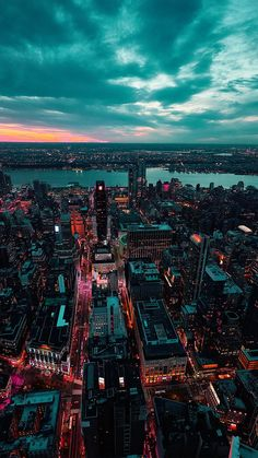 paisaje urbano city sea sky<br> wallpapers for iPhone, iPad, and Parallax Clouds Wallpaper Iphone, View Wallpaper, Sunset Wallpaper, Aesthetic Iphone Wallpaper, Aesthetic Wallpapers, New York Wallpaper, Crazy Wallpaper, Lock Screen Wallpaper Iphone, Apple Wallpaper Iphone
